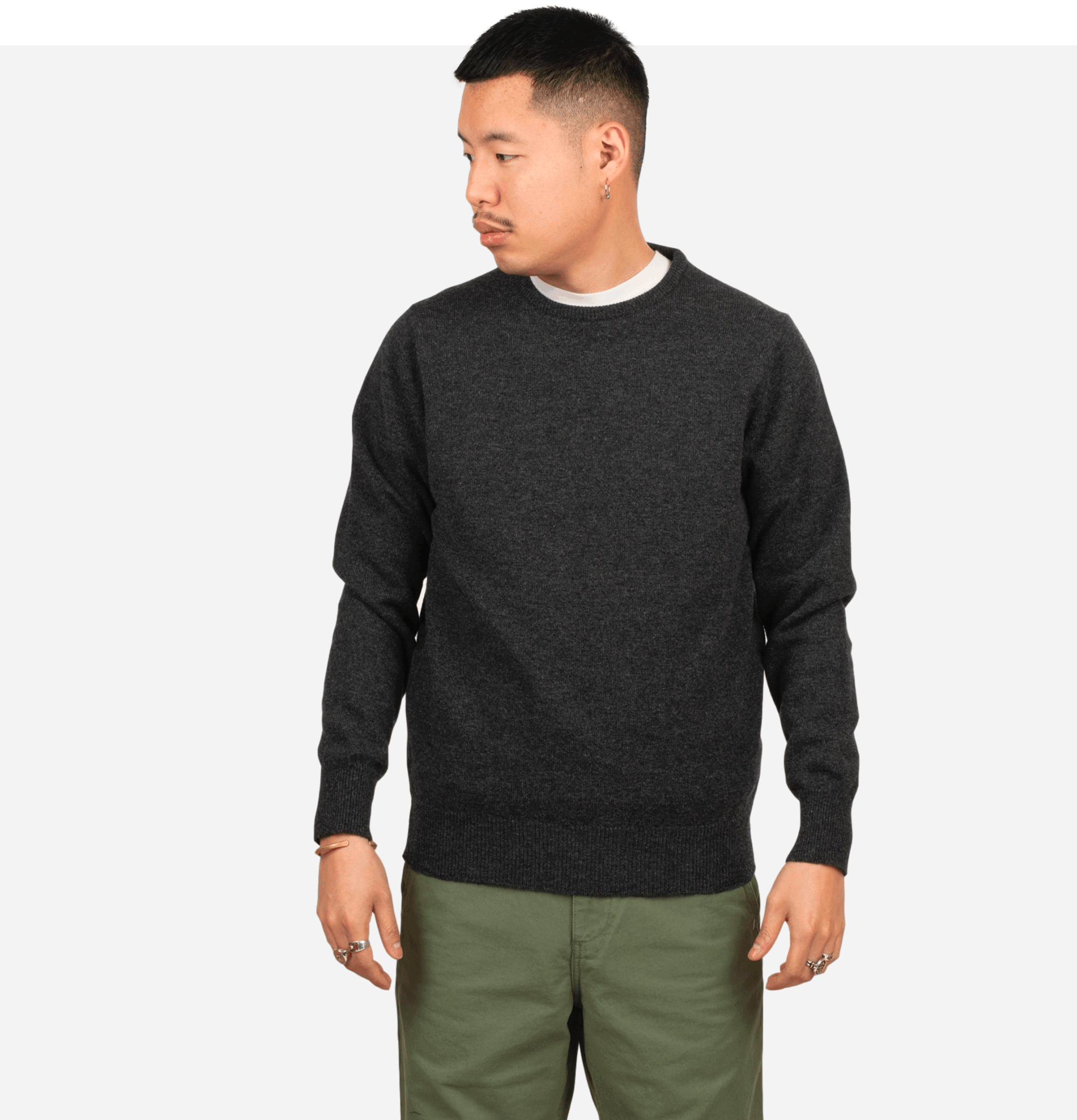 Round Neck Pullover Charcoal